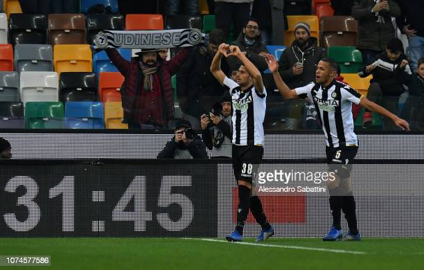 Rolando Mandragora of Udinese Calcio celebrates after scoring the opening goal with team mate during the Serie A match between Udinese and Frosinone...