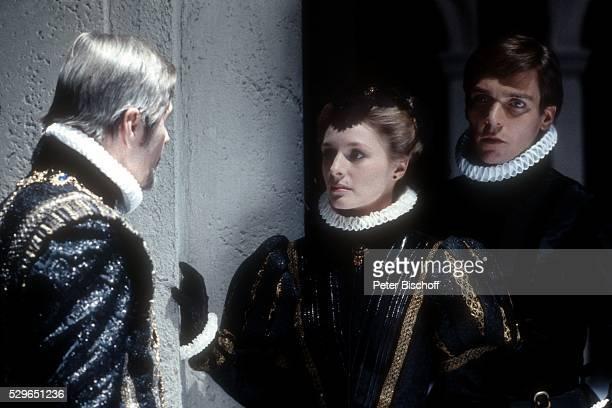 Rolf Boysen Marita Marshall Jacques Breuer ARDVerfilmung Don Carlos am in M��nchen Deutschland
