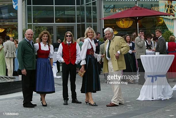 Rolf Ehefrau Maryam Sachs Claus Alexander Halifax Sachs Mirja Gunter Sachs Beim Empfang Zum 60 Geburtstag Von Leopold V Bayern Im Dorint Seehotel...
