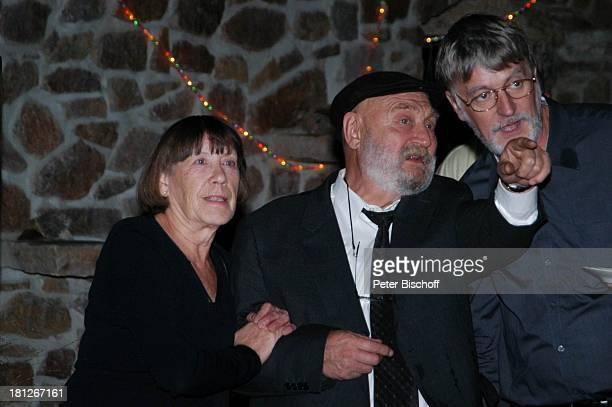 Rolf Hoppe Ehefrau Friederike Hoppe Gast Feier zum 60 Geburtstag von G u n t h e r E m m e r l i c h Hoftheater Dresden Weißig bei Dresden Ehepaar...