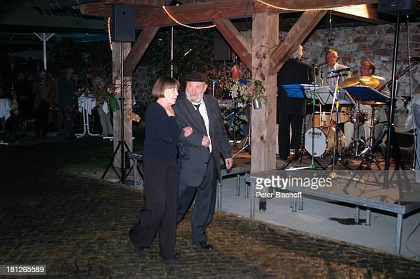 Rolf Hoppe Ehefrau Friederike Hoppe Semper House Band 60 Geburtstag von G u n t h e r E m m e r l i c h Weißig Theater Hoftheater Dresden Feier Bühne