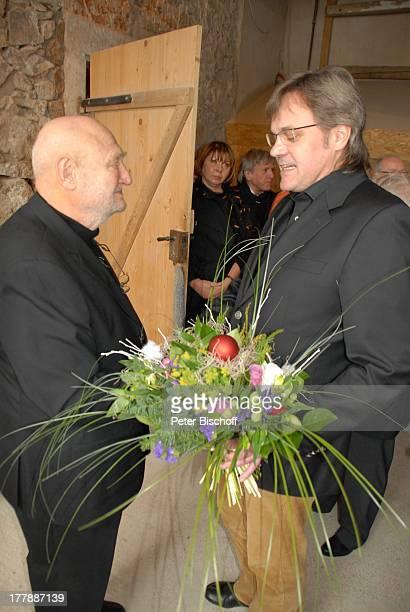 Rolf Hoppe GeburtstagsGast Geburtstagsfeier und Gala zum 80 Geburtstag von Rolf Hoppe Theater Rolf Hoppes Hoftheater Dresden Sachsen Deutschland...