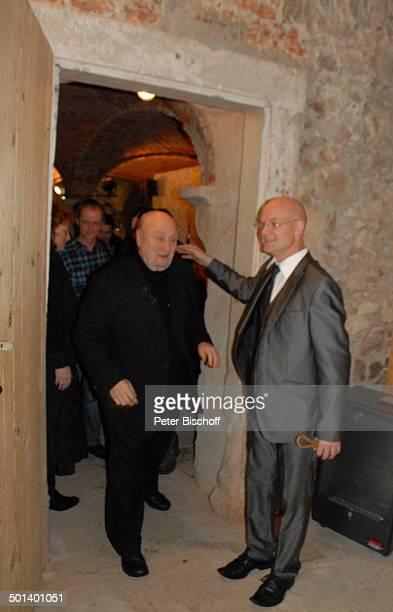 Rolf Hoppe Schwiegersohn Dirk Neumann Geburtstagsfeier und Gala zum 80 Geburtstag von Rolf Hoppe Theater Rolf Hoppes Hoftheater Dresden Sachsen...