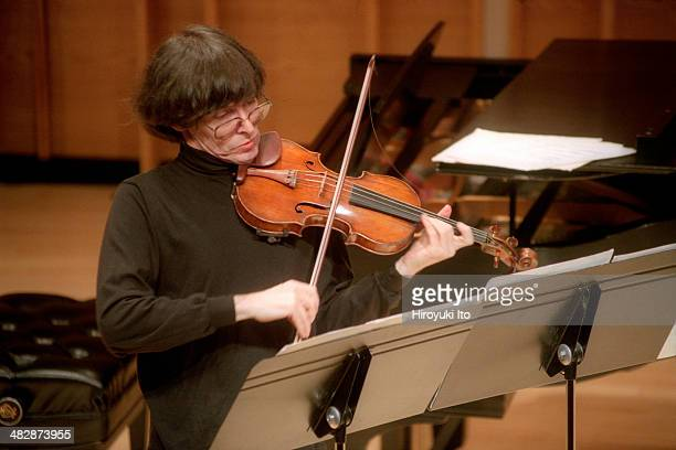 Rolf Schulte, Sophie Shao and Richard Wilson performing at Merkin Concert Hall on Sunday afternoon, September 7, 2003.This image:Rolf Schulte...