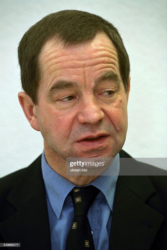 Rolf Hamburg steil rolf arbeitsamt hamburg pictures getty images