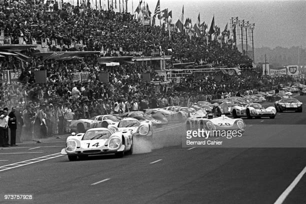 Rolf Stommelen Vic Elford Jo Siffert Porsche 917LH Porsche 908/02L 24 Hours of Le Mans Le Mans 15 June 1969 Rolf Stommelen's Porsche 917LH storms in...