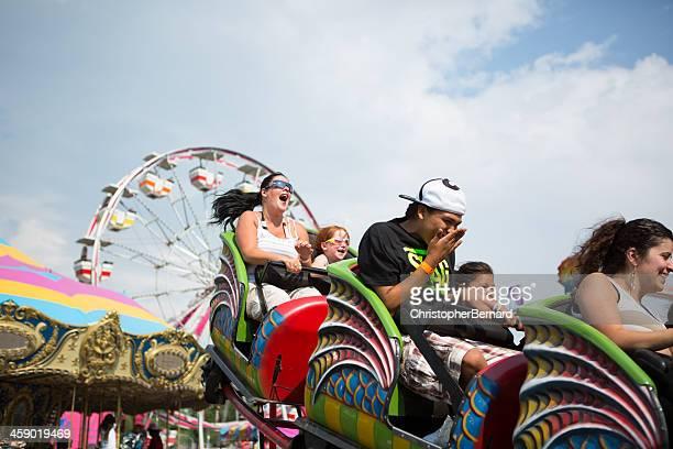 Montanha Russa no Parque de diversões parques