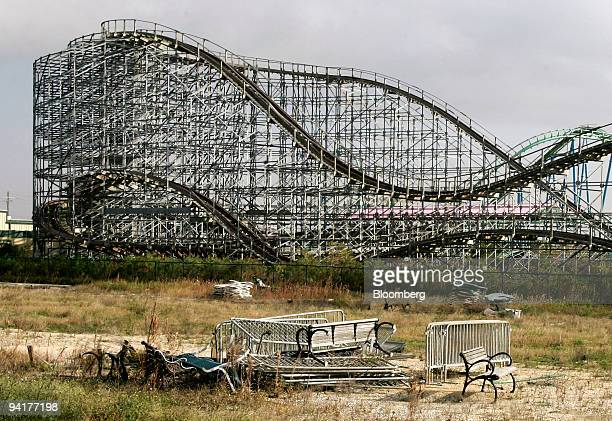 A roller coaster sits idle at the Six Flags amusement park in New Orleans Louisiana US on Wednesday Dec 9 2009 Six Flags Inc the New Yorkbased theme...