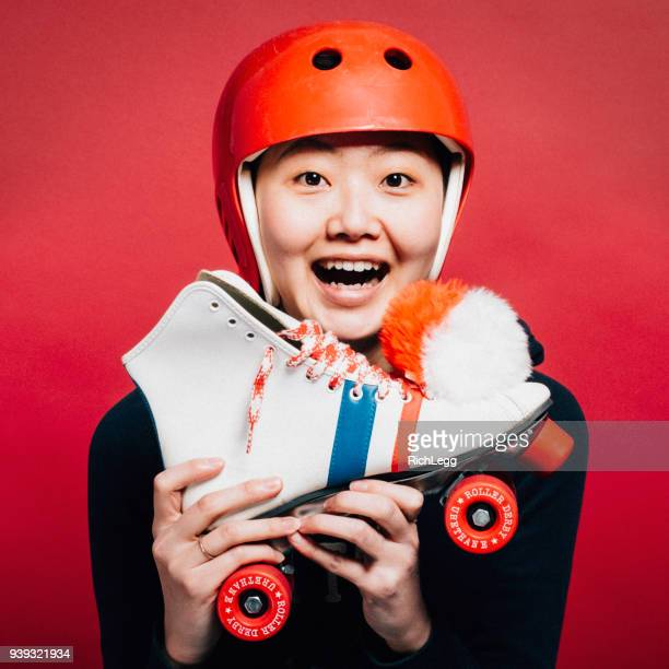 roller derby girl - protective sportswear stock pictures, royalty-free photos & images
