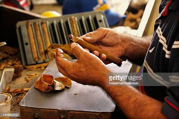 Rolling a Cigar, Cuban Crafters, Miami