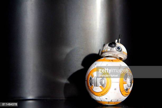 rolling on black - bb 8 stock pictures, royalty-free photos & images