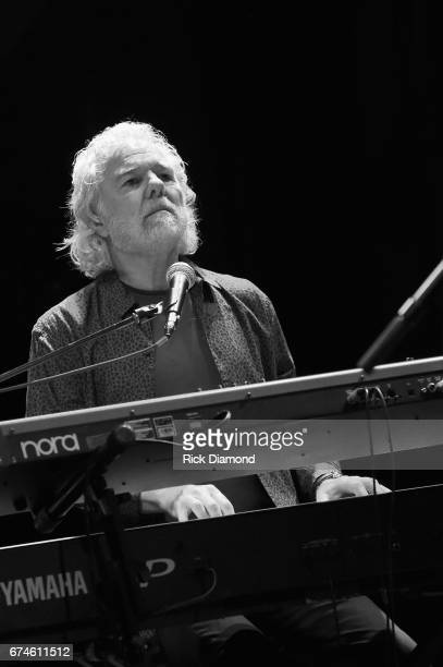 Rolling Stones pianist and musical director Chuck Leavell performs onstage during the White House Correspondents' Jam at The Hamilton on April 28...