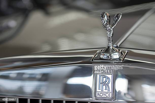 rolls royce hood - hood ornament stock pictures, royalty-free photos & images
