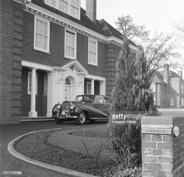 Rolls Royce vintage car parked at a private residence near Regent Park, London, UK, circa 1960.
