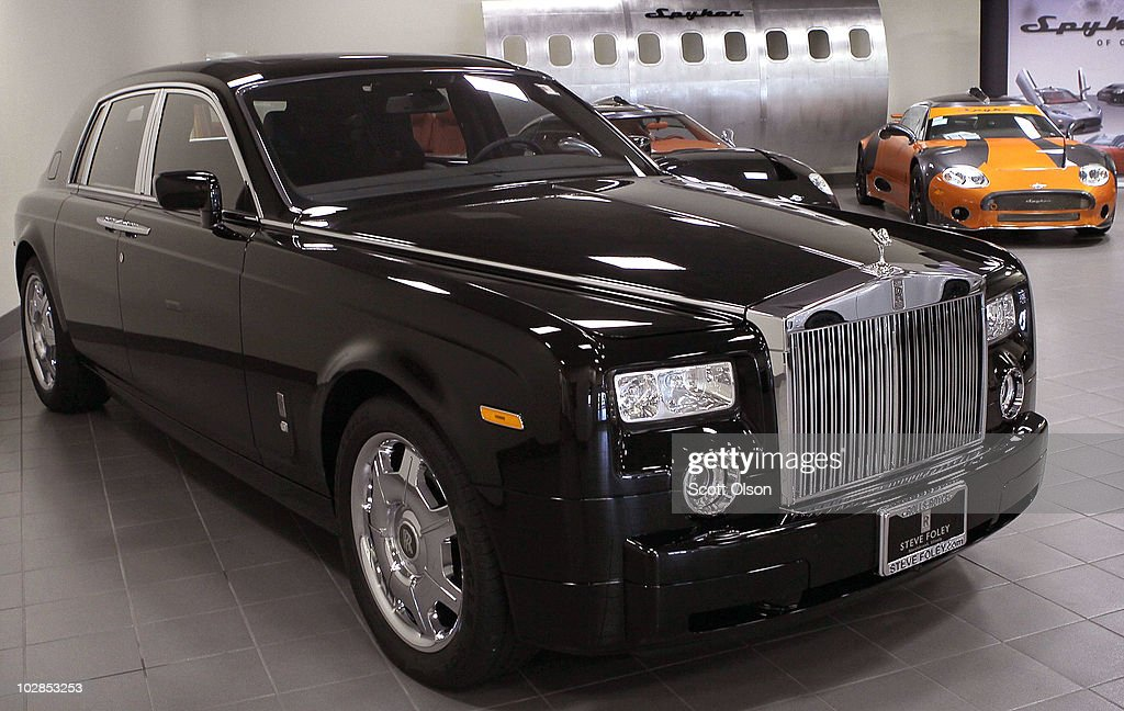 Rolls Royce Sees Record High Sales Despite Recession Photos And