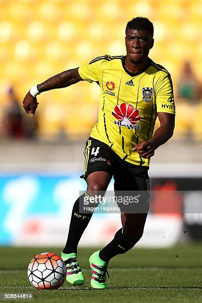 Roly Bonevacia of the Phoenix in action during the round 18 ALeague match between Wellington Phoenix and Perth Glory at Westpac Stadium on February 7...