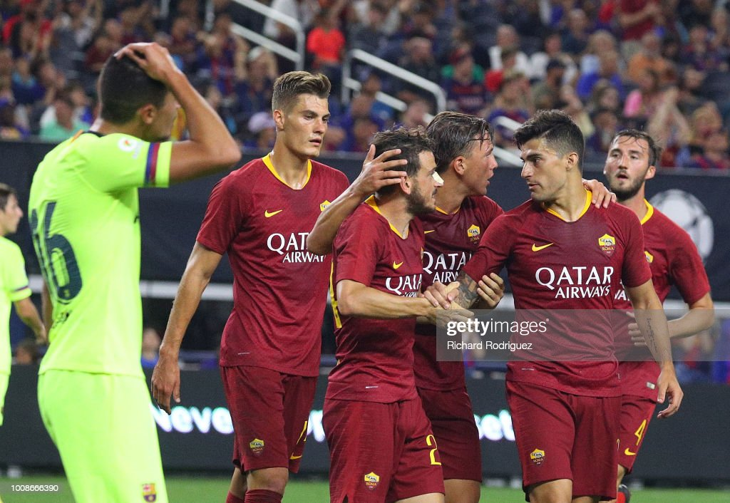 Roma celebrates the goal by Alessandro Florenzi #24 of Roma agaisnt Barcelona in the second half of a soccer match at AT&T Stadium on July 31, 2018 in Arlington, Texas.