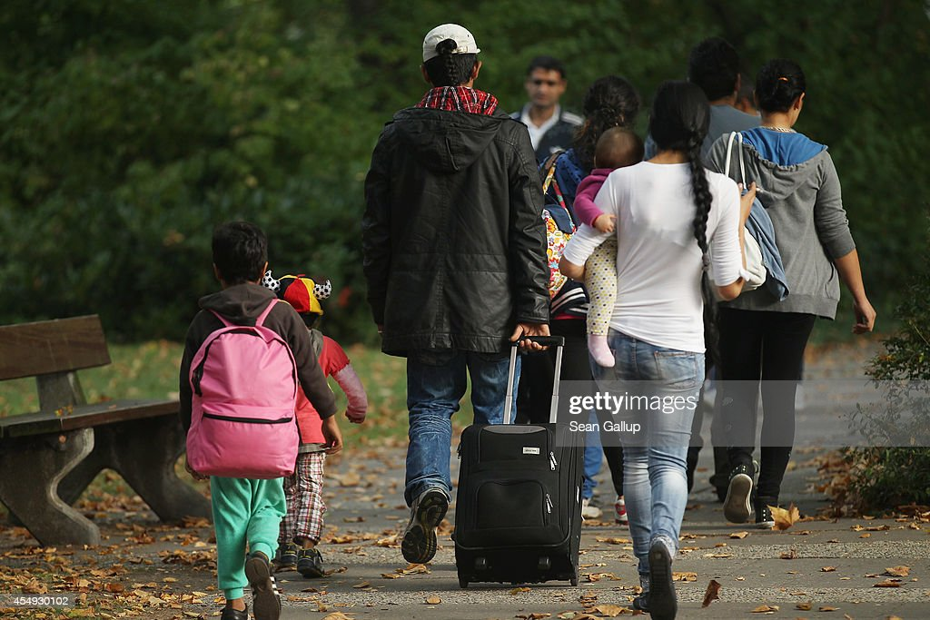 Germany Faces Flood Of Refugees : News Photo