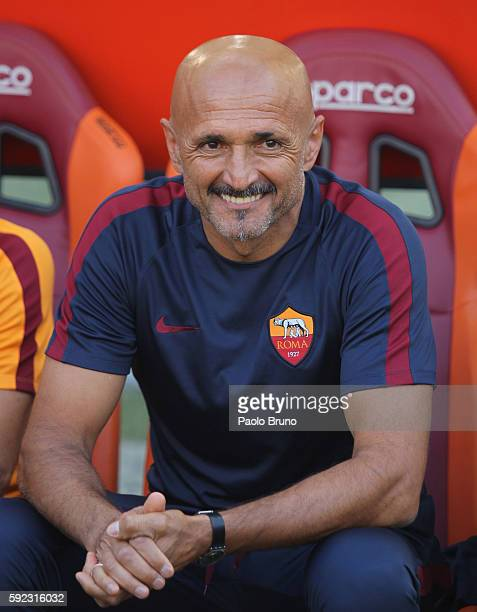 Roma head coach Luciano Spalletti reacts during the Serie A match between AS Roma and Udinese Calcio at Olimpico Stadium on August 20 2016 in Rome...