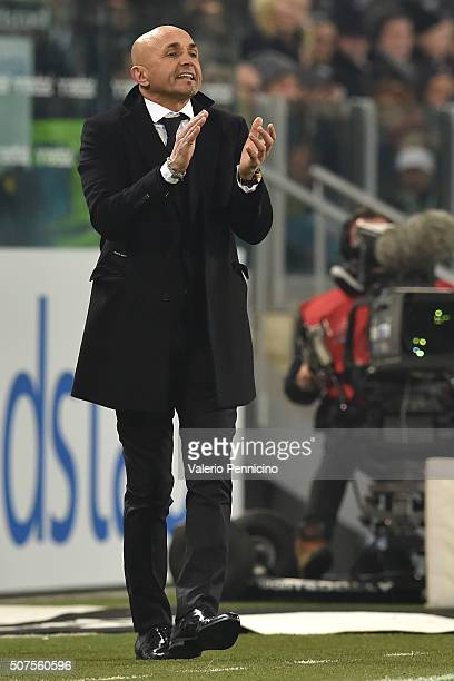 Roma head coach Luciano Spalletti reacts during the Serie A match between Juventus FC and AS Roma at Juventus Arena on January 24 2016 in Turin Italy