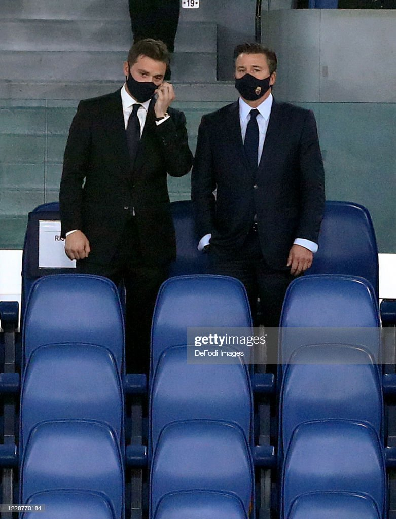 AS Roma Owner Dan Friedkin and Ryan Friedkin look on prior to the...  Nachrichtenfoto - Getty Images