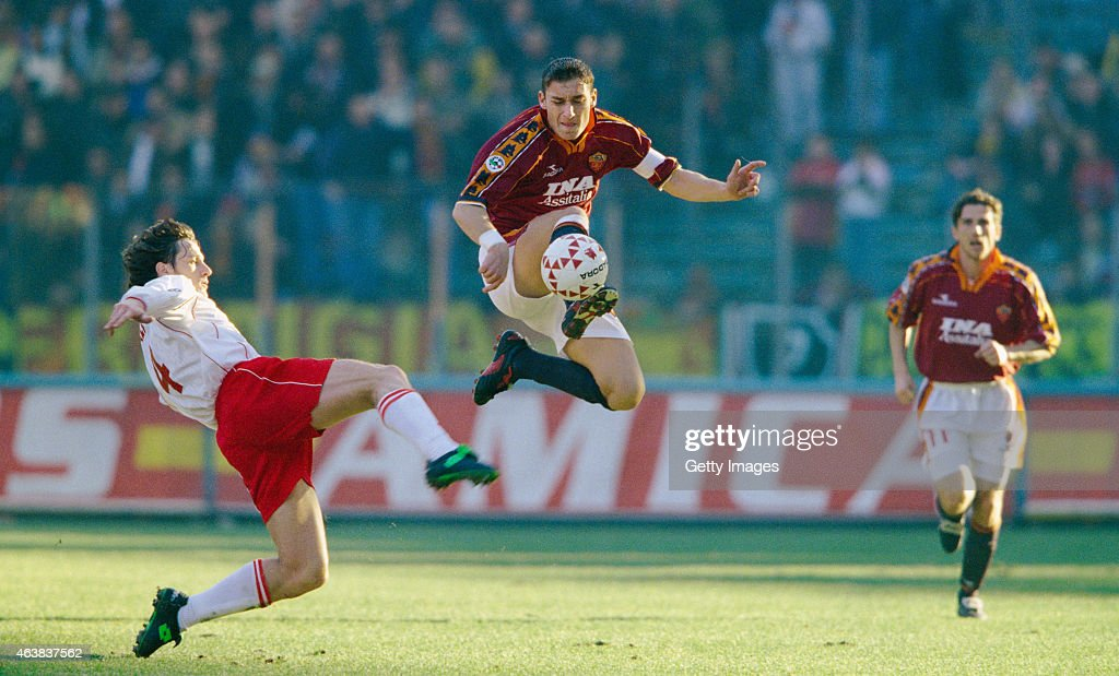 Roma player Francesco Totti (c) in action during an Italian Serie A match between AS Roma and Piacenza on January 3, 1999 in Rome, Italy.