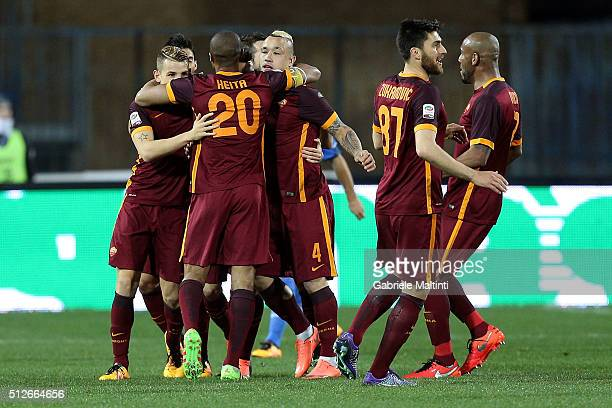 Roma players celebrate a goal scored by Stephan El Shaarawy during the Serie A match between Empoli FC and AS Roma at Stadio Carlo Castellani on...