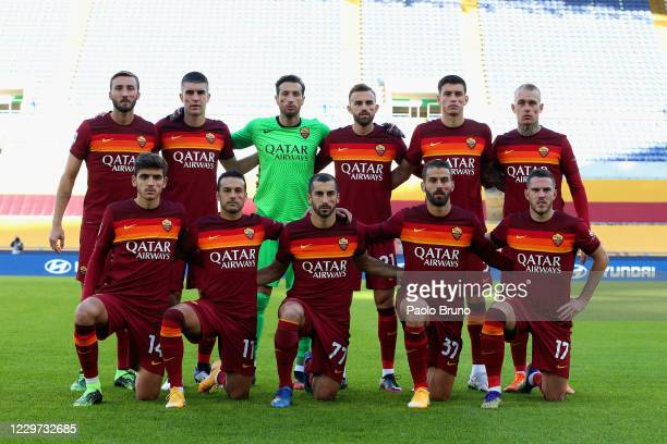 Roma team poses during the Serie A match between AS Roma and Parma Calcio at Stadio Olimpico on November 22 2020 in Rome Italy