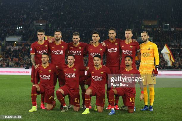 Roma team poses during the Serie A match between AS Roma and SS Lazio at Stadio Olimpico on January 26, 2020 in Rome, Italy.
