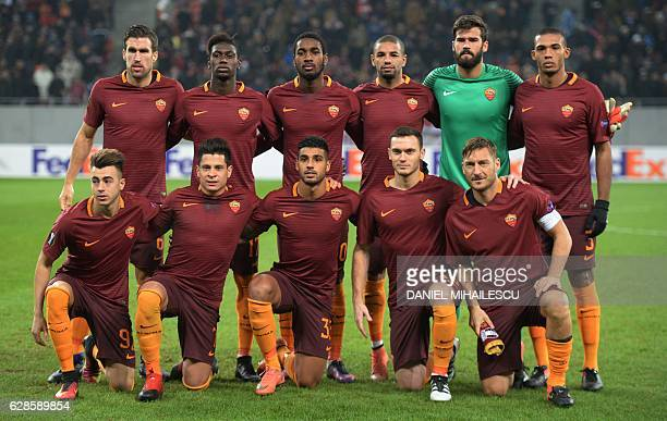 AS Roma team poses prior to the UEFA Europa League Group E football match between FC Astra Giurgiu and AS Roma in Bucharest on December 8 2016 / AFP...