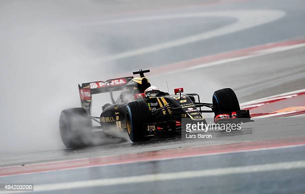 Romain Grosjean of France and Lotus drives during qualifying before the United States Formula One Grand Prix at Circuit of The Americas on October 25...