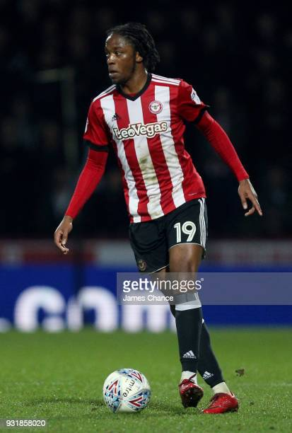 Romaine Sawyers of Brentford runs with the ball during the Sky Bet Championship match between Brentford and Cardiff City at Griffin Park on March 13...