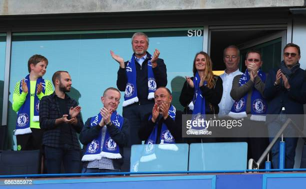 Roman Abramovich Chelsea owner celebrates his side winning the league after the Premier League match between Chelsea and Sunderland at Stamford...