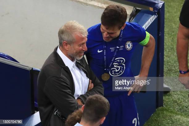 Roman Abramovich, Owner of Chelsea and Cesar Azpilicueta of Chelsea speak following the UEFA Champions League Final between Manchester City and...