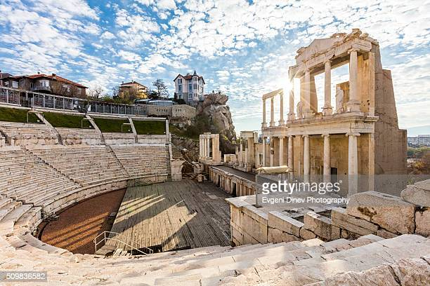 roman amphitheatre - bulgaria stock pictures, royalty-free photos & images