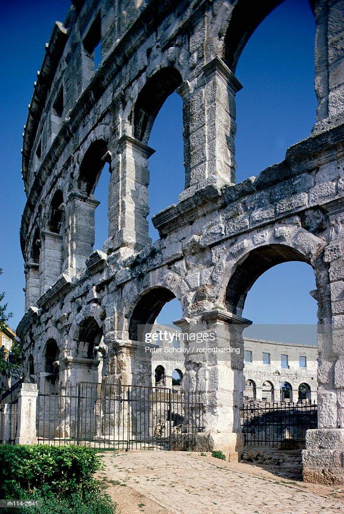 Roman amphitheatre, Pula, Croatia, Europe : Foto de stock