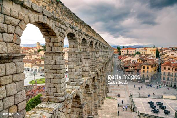 roman aqueduct of segovia - segovia stock pictures, royalty-free photos & images