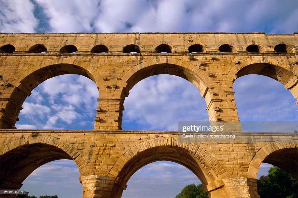 Roman aqueduct, Pont du Gard, UNESCO World Heritage Site, near Avignon, Provence, France, Europe : Foto de stock