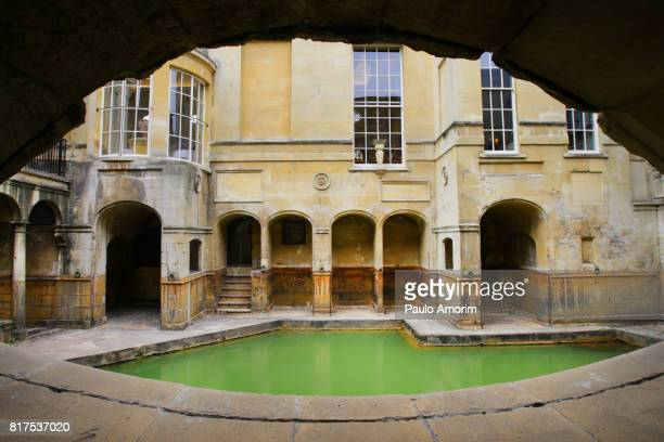 roman baths in england - 英イングランド バース ストックフォトと画像