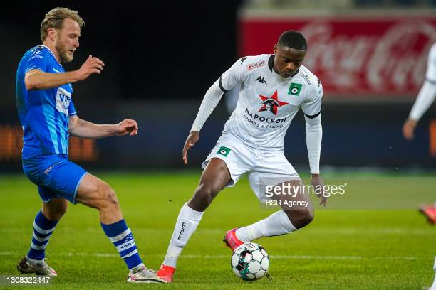 Roman Bezus of KAA Gent and Anthony Musaba of Cercle Brugge during the Jupiler Pro League match between KAA Gent and Cercle Brugge at Ghelamco Arena...