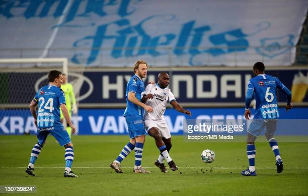 Roman Bezus of KAA Gent battles for the ball with Eder Balanta of Club Brugge during the Jupiler Pro League match between KAA Gent and Club Brugge KV...