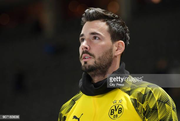 Roman Buerki of Borussia Dortmund prior to the Bundesliga match between Hertha BSC and Borussia Dortmund at the Olympiastadion on January 19 2018 in...