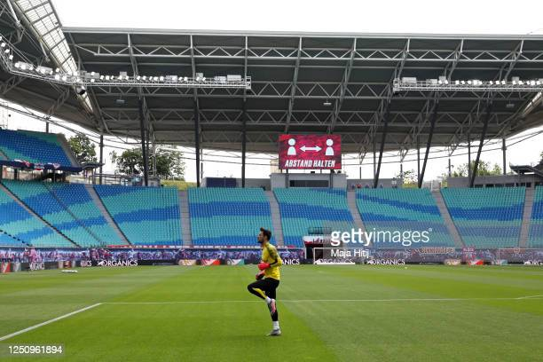 Roman Buerki of Borussia Dortmund warms up ahead the Bundesliga match between RB Leipzig and Borussia Dortmund at Red Bull Arena on June 20, 2020 in...