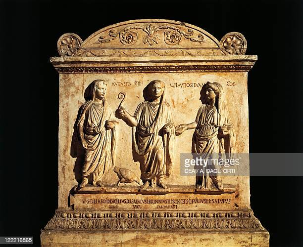 Roman civilization 2nd century bC Altar dedicated to the Lares Augusti by the Vicomagistri of the Vicus Sandalarius