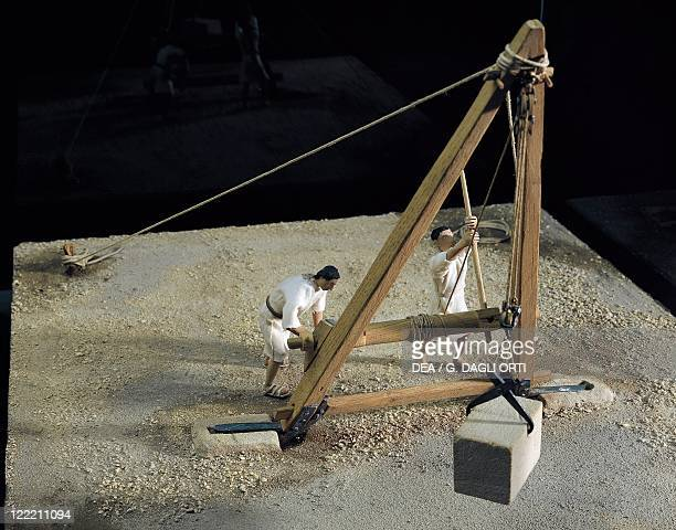 Roman civilization Model of crane lifting a stone block of 700 kg From De Architectura by Vitruvius 1st century AD Made by H Lienhard P Andrè F Rossi