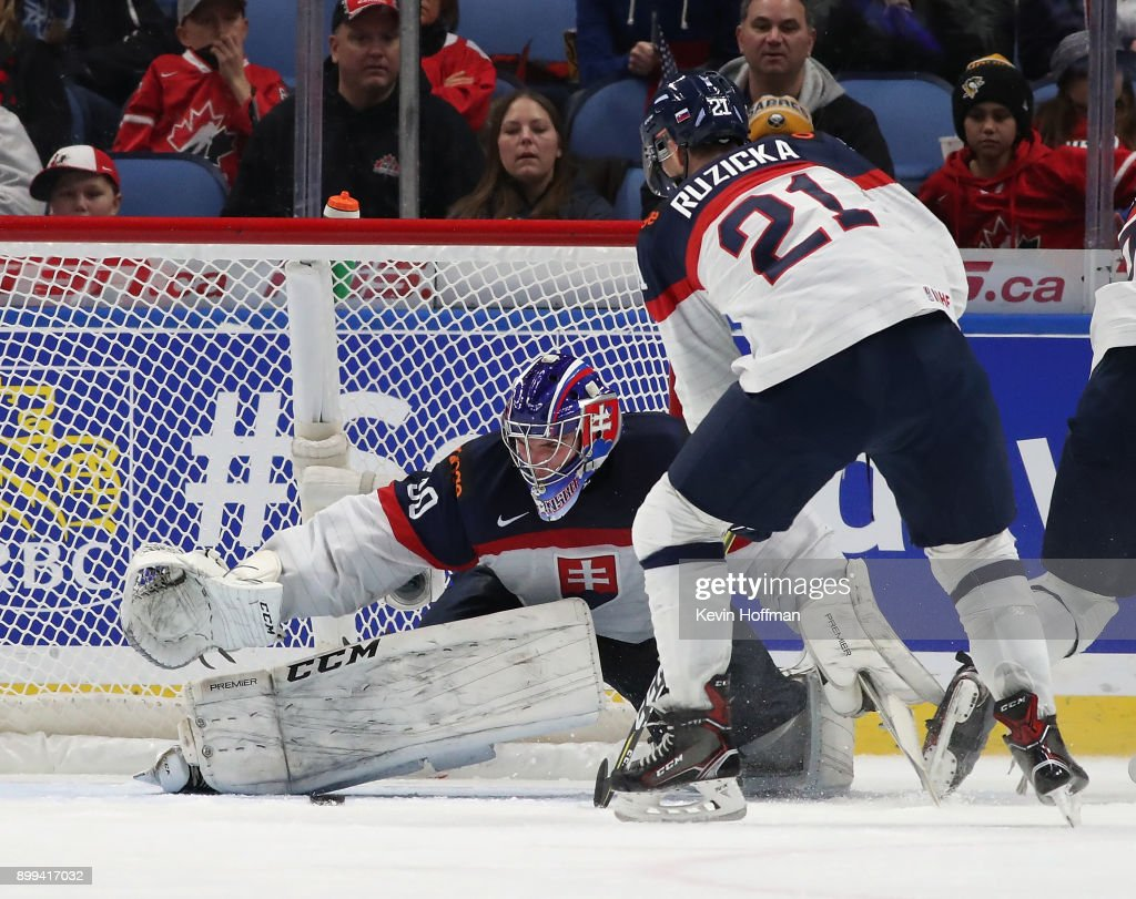 Roman Durny #30 of Slovakia makes the save against the United States in the third period during the IIHF World Junior Championship at KeyBank Center on December 28, 2017 in Buffalo, New York. Slovakia beat the United States 3-2.