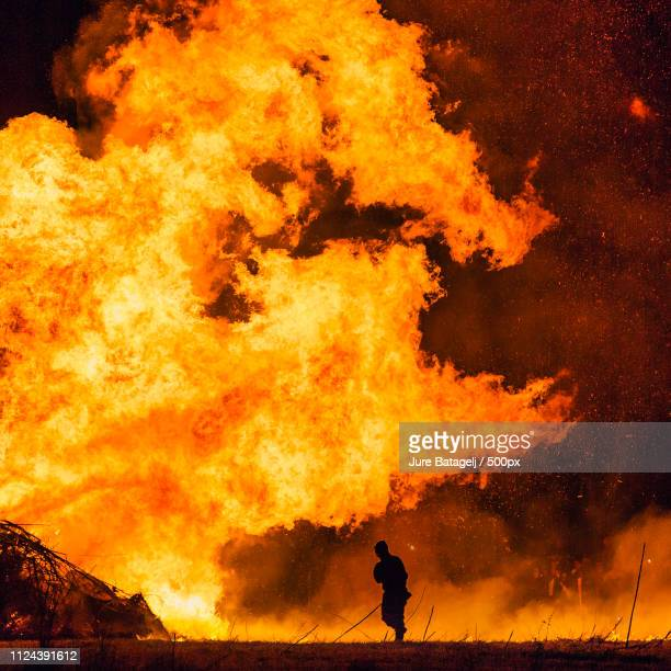 roman fire fighter - air attack stock pictures, royalty-free photos & images