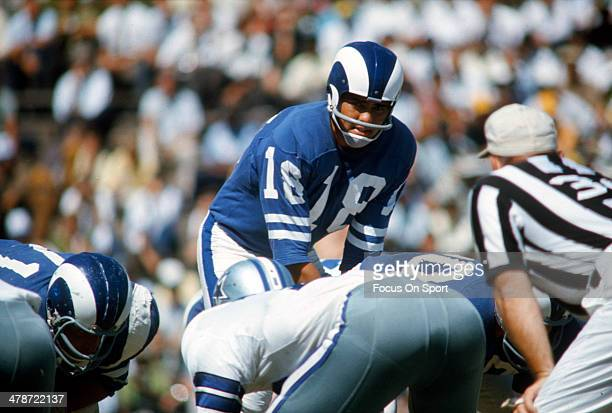 Roman Gabriel of the Los Angeles Rams in action against the Dallas Cowboys during an NFL football game October 1, 1967 at The Cotton Bowl in Dallas,...