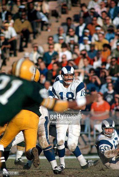 Roman Gabriel of the Los Angeles Rams in action against the Green Bay Packers during an NFL football game October 18, 1970 at Lambeau Field in Green...