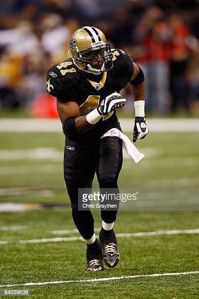 Roman Harper of the New Orleans Saints runs against the Atlanta Falcons on December 7 2008 at the Superdome in New Orleans Louisiana